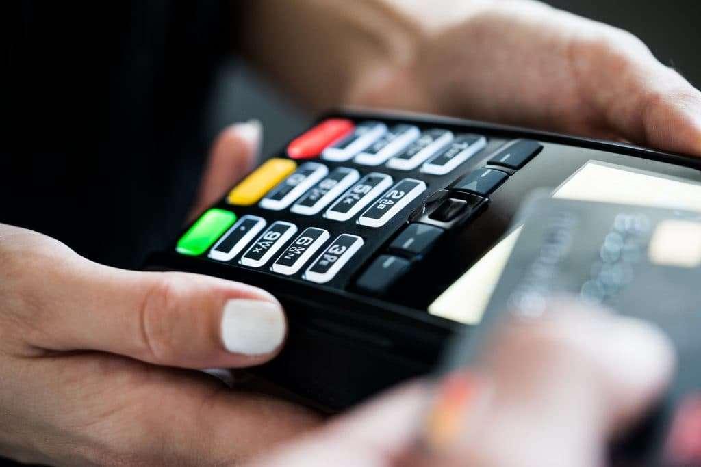 บัตรเครดิต คืออะไร ทำไมถึงต้องใช้บัตรเครดิต พร้อมวิธีคิดดอกเบี้ย