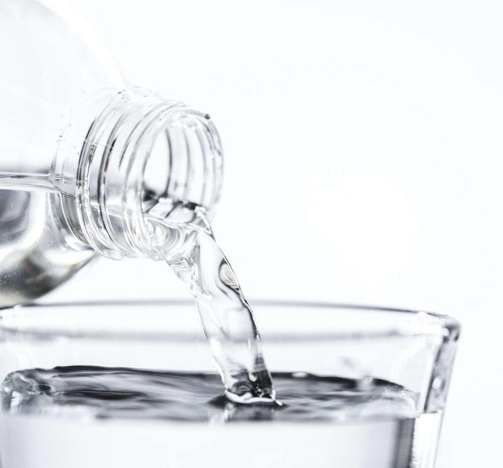 ดื่มน้ำมาก